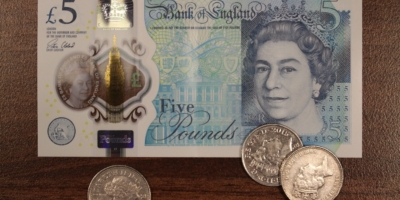 The New £5 Note and the Future of Cash