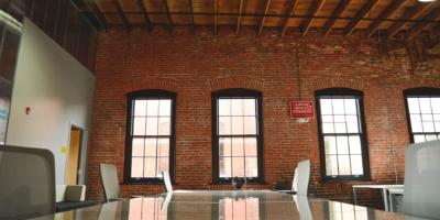 Freelancing vs Full-Time Employment